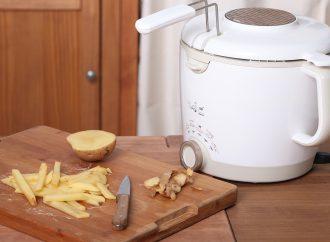 Comment bien nettoyer l'extérieur de la friteuse ?