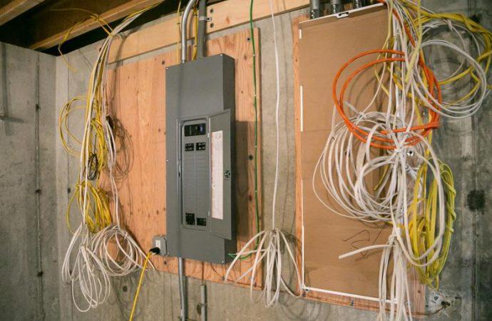 Comment rénover l'électricité d'une maison ?