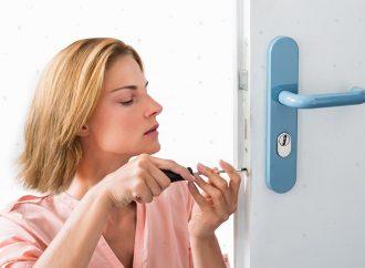 Comment changer une serrure sur porte PVC ?