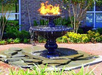 5 avantages à installer une fontaine d'étang dans votre jardin