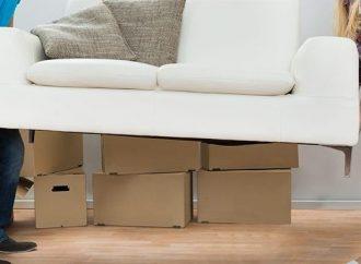 Comment faire passer un canapé plus large que la porte ?